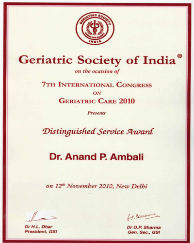 Distinguished-Services-Award-2010.jpg