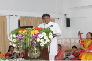 Dr.M.B.Patil-Hon.-Minister-water-Resources-Karnataka-state-addressing-the-gathering.png