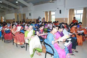 Dr.P.B.Jaju-Welcoming-Shri-Prakash-Chapre-Legal-Advisor-ZP-Vijayapur.s-v.jpg