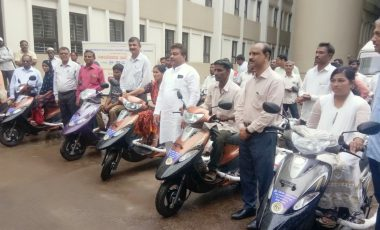 Free-distribution-Motorized-Tricycles-tto-PWDs-of-Babaleshwar-constituency-under-Grant-in-aid-from-Dr.-M.-B.-Patil-M.L.A.-Babaleshwar-Constituency..jpg